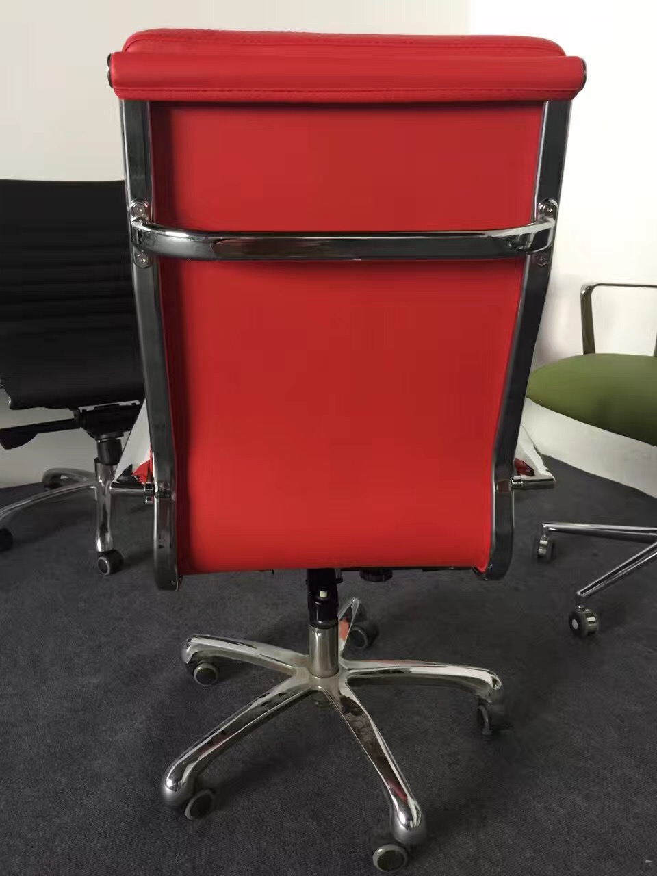 Modern red eames office chair/reclining red office chair/ergonomic red eames mesh chair